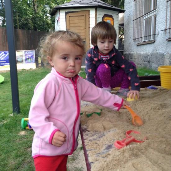 Na zahradě a na vycházce
