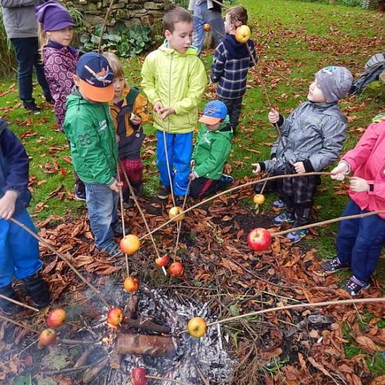 Podzimní výlet spečením jablek